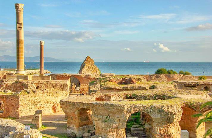 Thermen van Antoninus Pius, Carthago, Tunesië, young aldult novelle, Dido, keizer Augustus, Vandalen